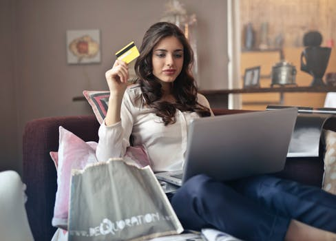 shop online and earn free Bitcoin